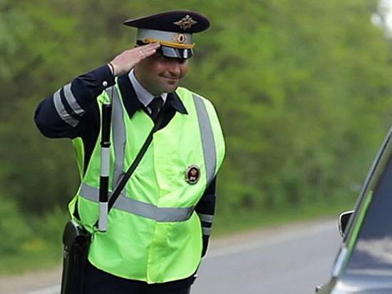 Гендиректор ЧОПа заплатил штраф за устройство на работу бывшего инспектора ДПС