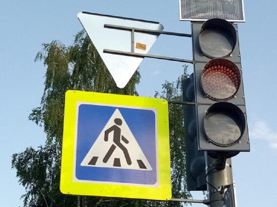 В Тамбове на Бульваре Энтузиастов заработал новый светофор