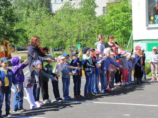 Юные сургутяне изучают правила дорожного движения