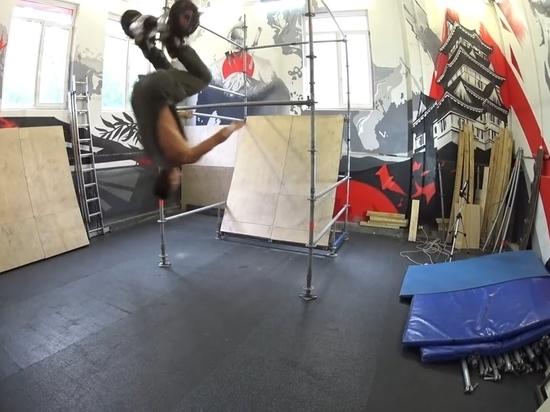 Группа паркурщиков из Санкт-Петербурга придумала новый вид спорта GyroTrial — экстремальные трюки на электродоске