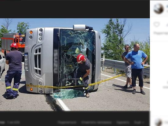 В Грузии разбился автобус с российскими туристами