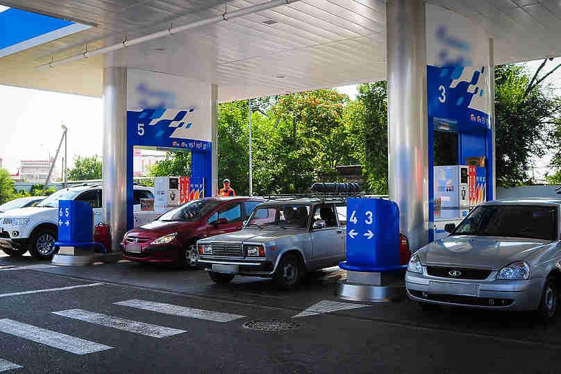 Гонке топливных цен помешает только Путин