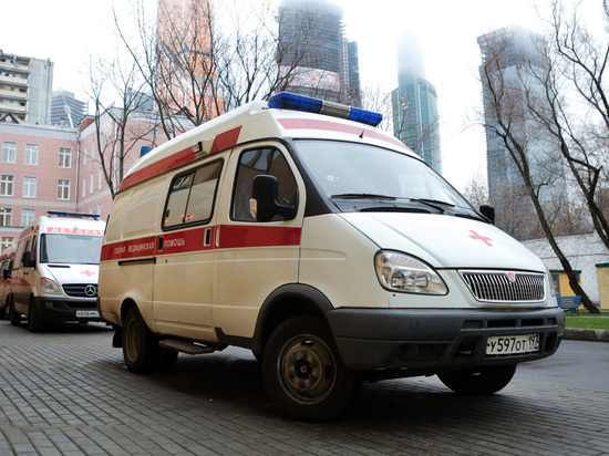 Школьница пострадала во время купания в московском аквапарке