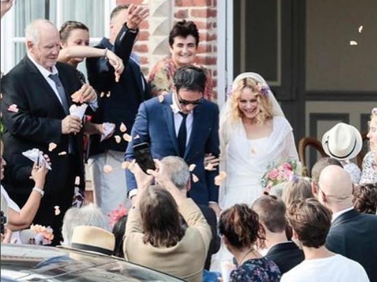 Ванесса Паради вышла замуж за режиссера с трагическим прошлым