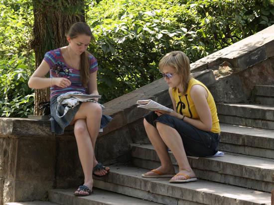 В высших учебных заведениях Саратова резко выросла плата  за обучение