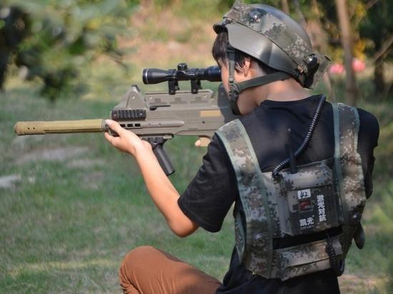 Китай объявил о разработке лазерного ружья: «Испепеляет за секунды»