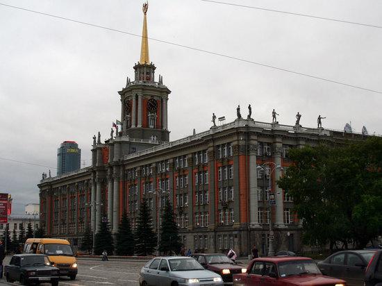 Представитель администрации Екатеринбурга стал шестым кандидатом на должность главы города