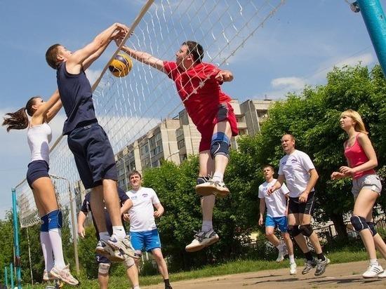 Семь спортплощадок открыли сегодня в Костроме