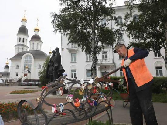 Петра с Февроньей в Архангельске лишили замков