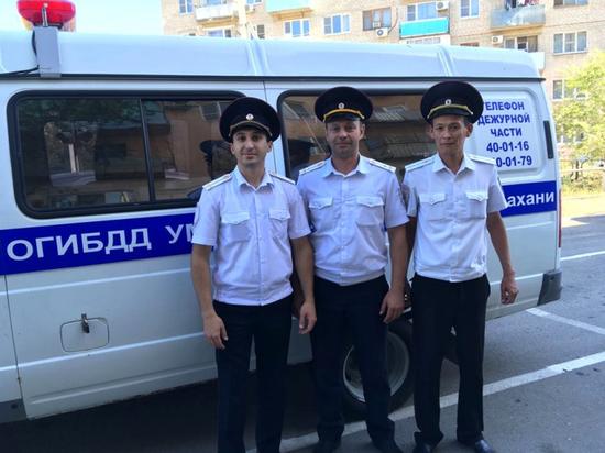 Астраханские сотрудники ГИБДД потушили пожар в кафе