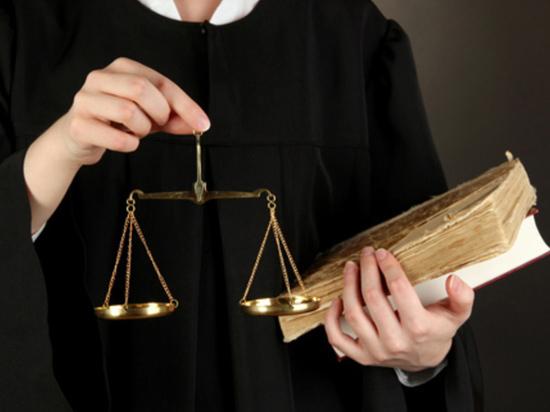 Четырех судей уволили в Алматы за последние шесть месяцев