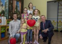 В Алтайском крае самым достойным многодетным парам вручат общественные награды