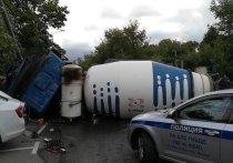 Водитель бетономешалки объяснил наезд на девять автомобилей: «Заснул на секунды»