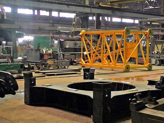 Работникам Ржевского краностроительного завода выплатили 30-ю часть долгов по зарплате