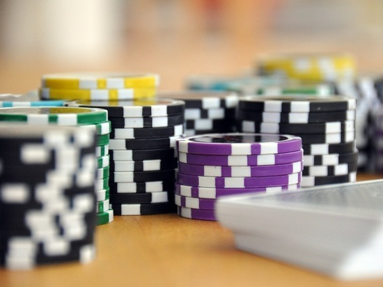 Шестерых жителей Бийска осудили за организацию подпольного казино
