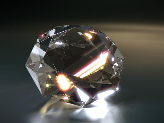 Приморцам предлагают бесплатно научиться огранке алмазов