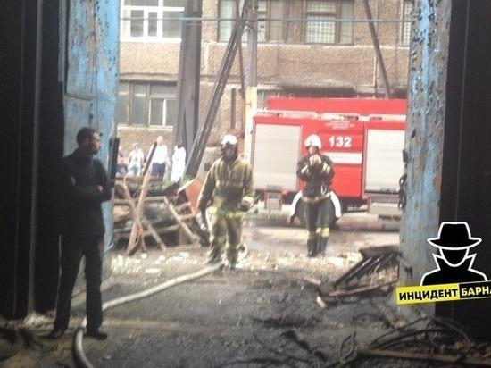 Барнаульский завод алюминиевого литья загорелся из-за неумения сотрудника работать с болгаркой