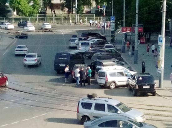 Десятую часть пермского рынка перевозок контролируют нелегалы