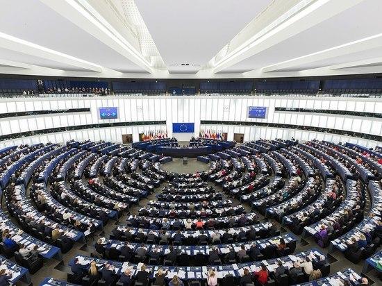 Фотожабы и мемы спас Европарламент: скандальный законопроект вернули