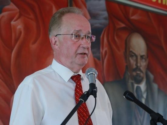 Депутат ГД Кравец призвал не отдавать будущее «тараканищу, который ваших деточек скушает»