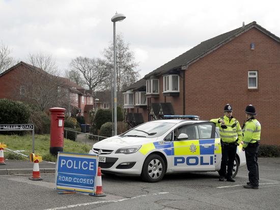 Скотланд Ярд: пострадавшие в Эймсбери отравлены «Новичком», как Скрипали
