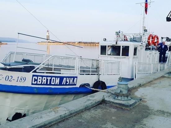 До особой экономической зоны в Бурятии начал плавать теплоход «Святой Лука»
