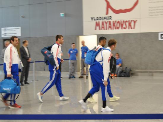 Бег с препятствиями: как сборная улетала на матч ЧМ-2018 Россия-Хорватия