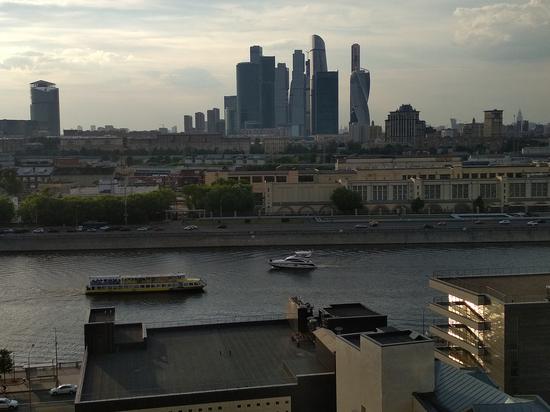 Иностранные болельщики чемпионата мира отправились по московским крышам