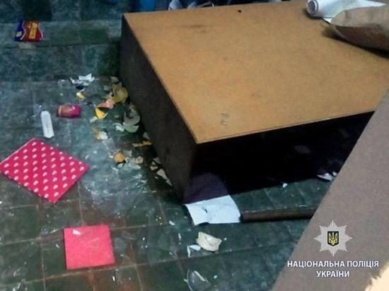В Харькове неизвестные в противогазах напали на офис ЛГБТ-сообщества