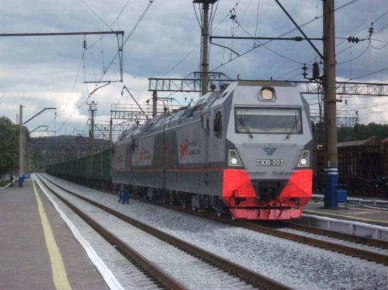 На Свердловской железной дороге выросла погрузка