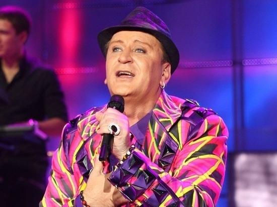 Уснувшего налавочке певца Пенкина обокрали на1 млн вцентральной части Москвы