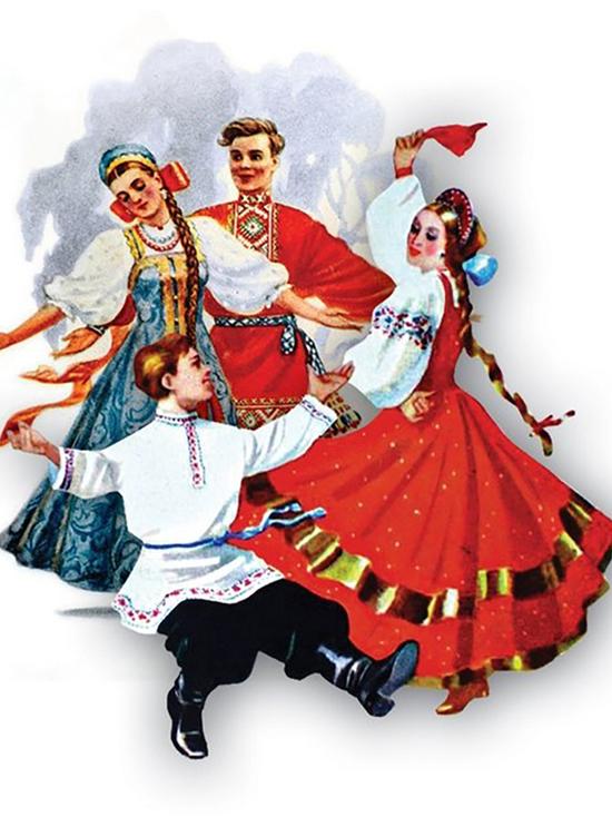 Уже 50 лет «Вечерочка» танцует перед кесовогорцами в Тверской области