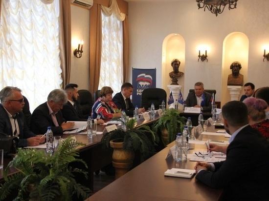 «Единая Россия» обсудила социальную активность пенсионеров в Туле