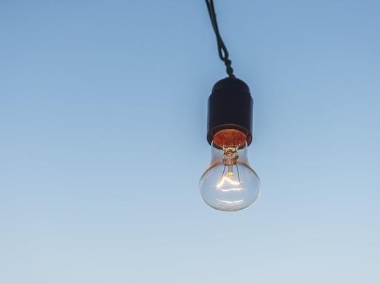В Татарстане гроза оставила без электричества почти 4 тысячи человек