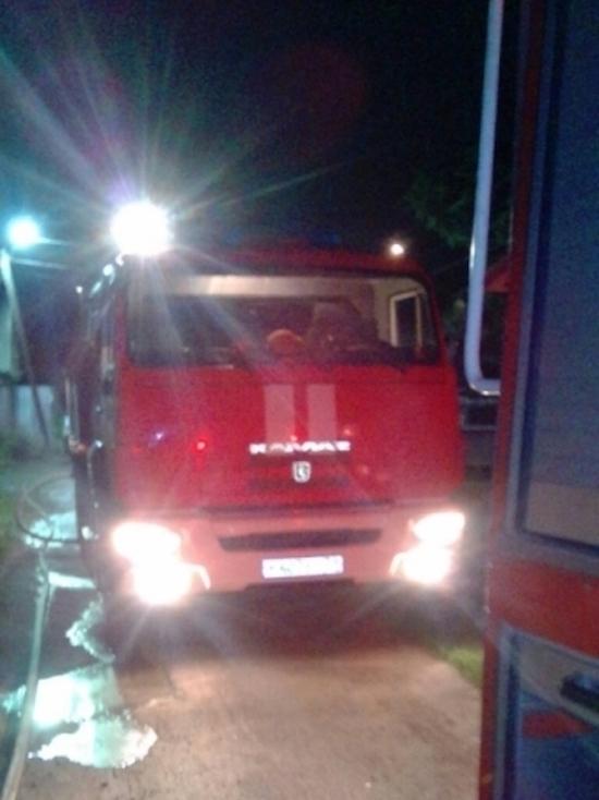В ночном пожаре на Косой Горе пострадал человек