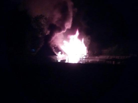 «Бани и сараи дотла»: барнаульцы обсуждают пожар в садоводстве