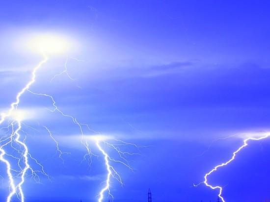 В Оренбуржье ожидается гроза и сильный ветер