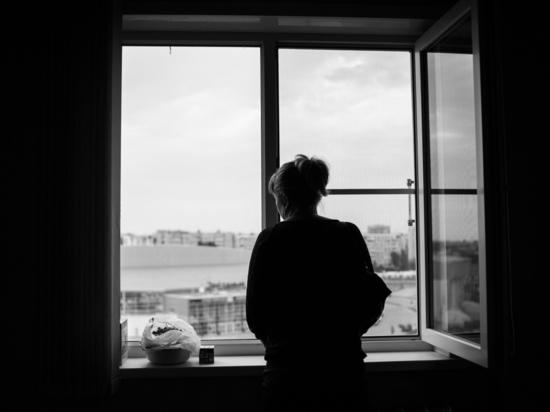 Астраханка пошутила о взрыве кафе и села на три месяца