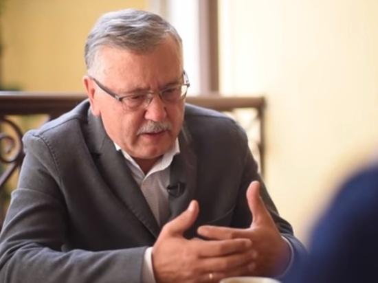 Экс-министр обороны предрек конец Украины при попытке отобрать Крым
