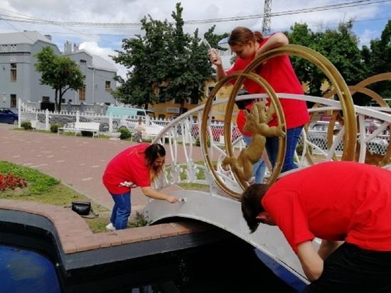 Сквер Молодоженов обновили ко Дню семьи в Калуге