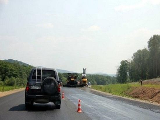 На трассе М-7 укрепляют дорожное покрытие