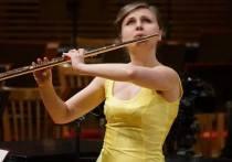 Совсем недавно известная флейтистка Софья Пинаева перенесла сложную операцию на мозге