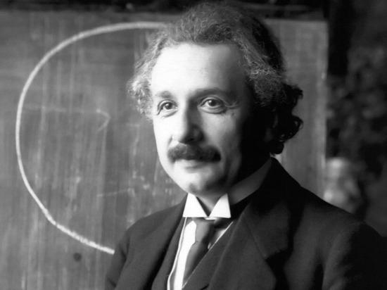 Представлять себя Альбертом Эйнштейном оказалось полезно для мозга