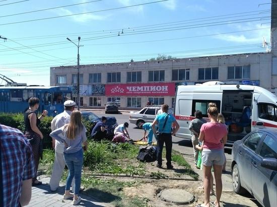 В Омске на проспекте Маркса пешеход попал под машину