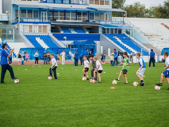 Астраханские журналистки сразятся в футбольном матче