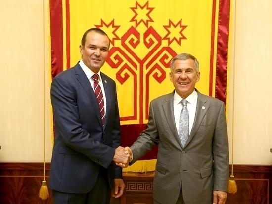 Рустам Минниханов награжден орденом «За заслуги перед Чувашской Республикой»