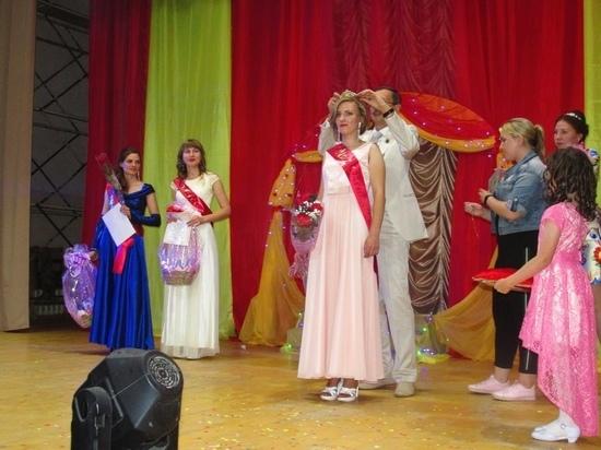 На Дне района в Оленино Тверской области появилась новая Мисс