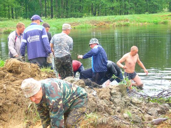 В Темниковском районе жители очистили пруд в поместье дворян Ушаковых