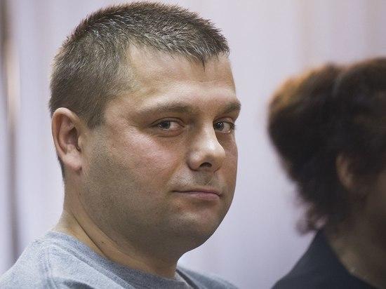 Соратник Навального Петр Офицеров госпитализирован в тяжелом состоянии