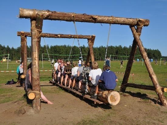 В Карелии усиленно ищут вожатых в детские лагеря юга